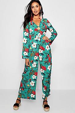 Jumpsuit mit Hosenrock und Ringdetail in Blumen-Print - Boohoo.com
