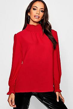 Bluse mit gekraeuseltem Kragen - Boohoo.com