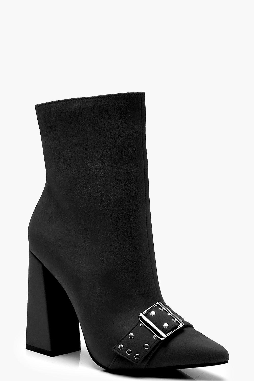 Купить Boots, Ботинки на квадратном каблуке расширенном к низу с ремешком, boohoo