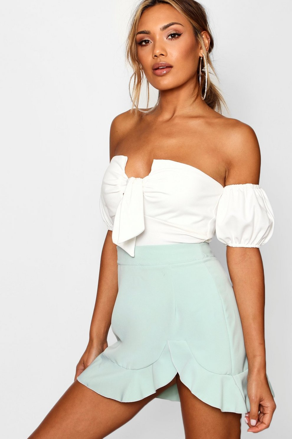 Boohoo Curved Hem Woven Mini Skirt Buy Cheap Official Outlet New Arrival Sale Huge Surprise Purchase Sale Online Latest Cheap Online 8o5uw3