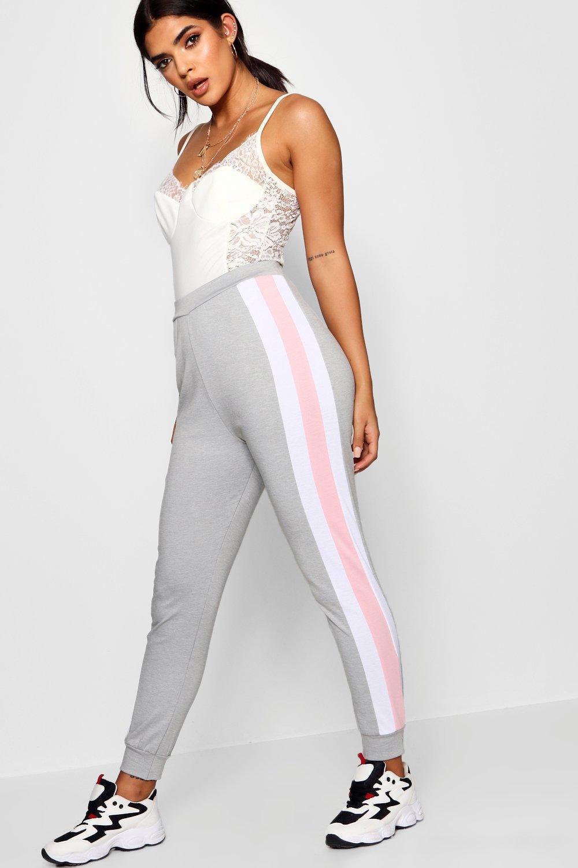 Купить Trousers, Спортивные брюки для бега с отделкой в виде контрастной полоски, boohoo
