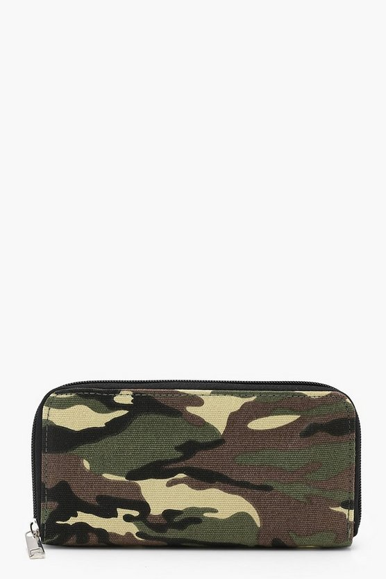 Lucy Camo Zipped Purse