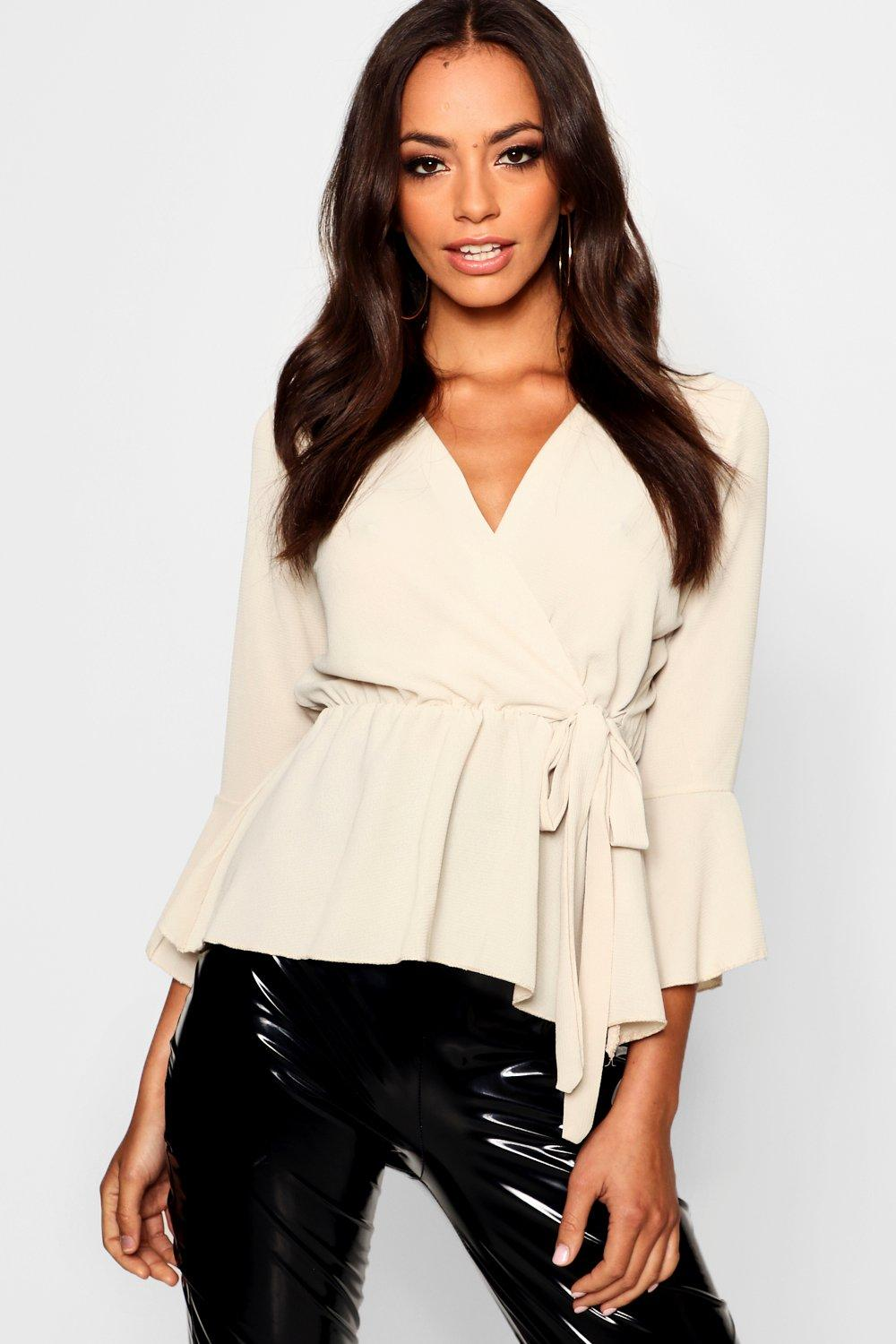 Womens Bluse mit Wickelung - stone - 40, Stone - Boohoo.com