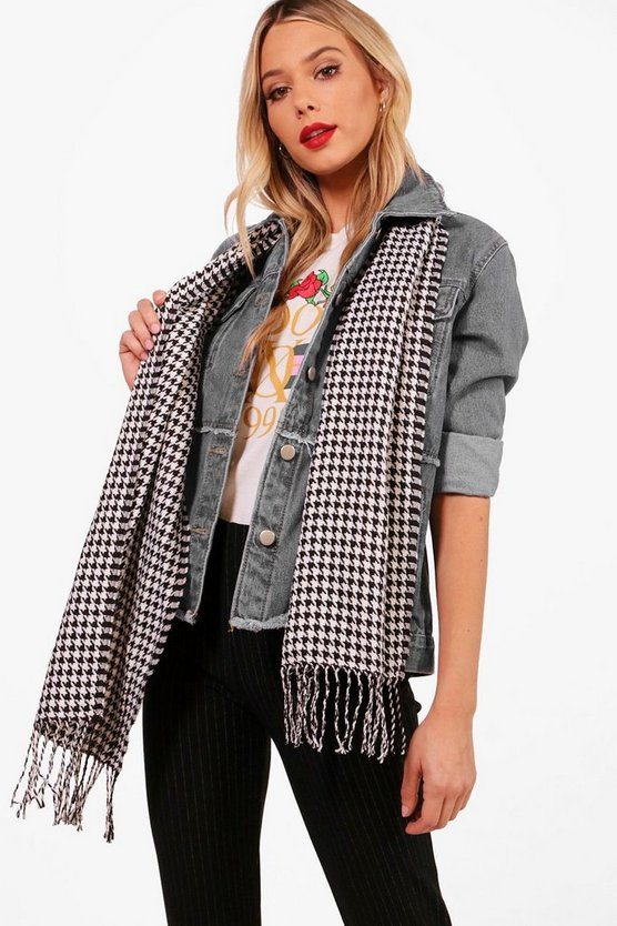 Kirsten Dogtooth Woven Scarf
