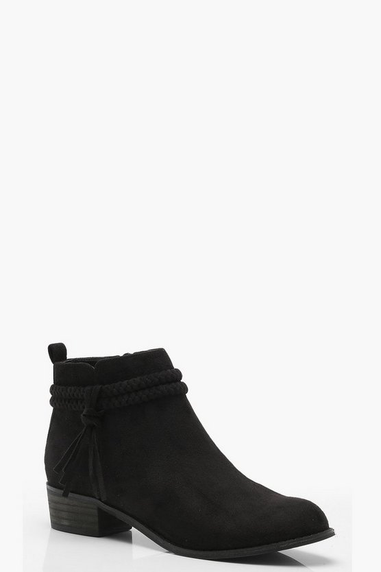 Plaited Strap Pull On Ankle Boots