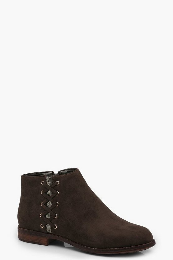 Lattice Side Ankle Boots