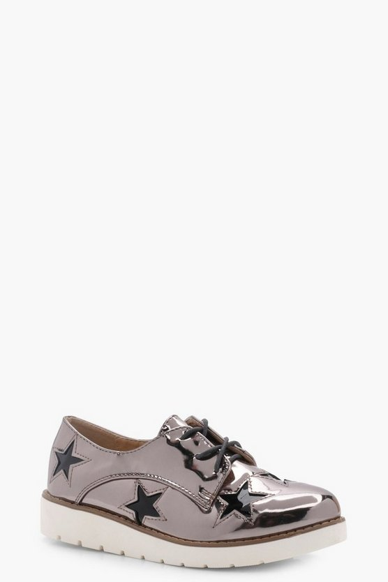 Rose Star Detail Cleated Brogue