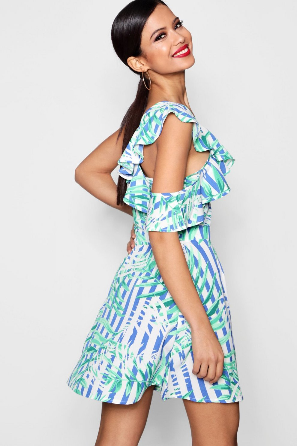 Cheap Online Store Sale Supply Boohoo Ruffle Stripe Shoulder Skater Dress Outlet Top Quality wYtb75jx