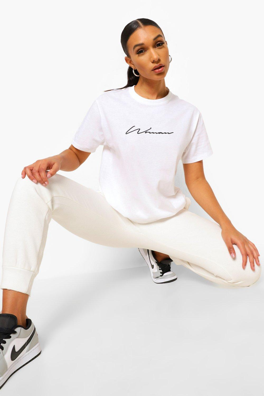 Womens T-Shirt mit Woman-Print - Weiß - L, Weiß - Boohoo.com