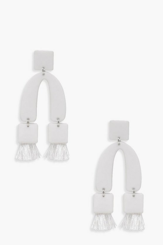 Horseshoe Tassel Detail Earrings