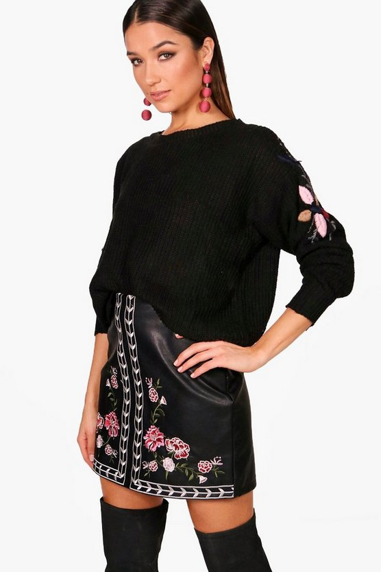 Stephanie Scallop Trim Embroidery Jumper
