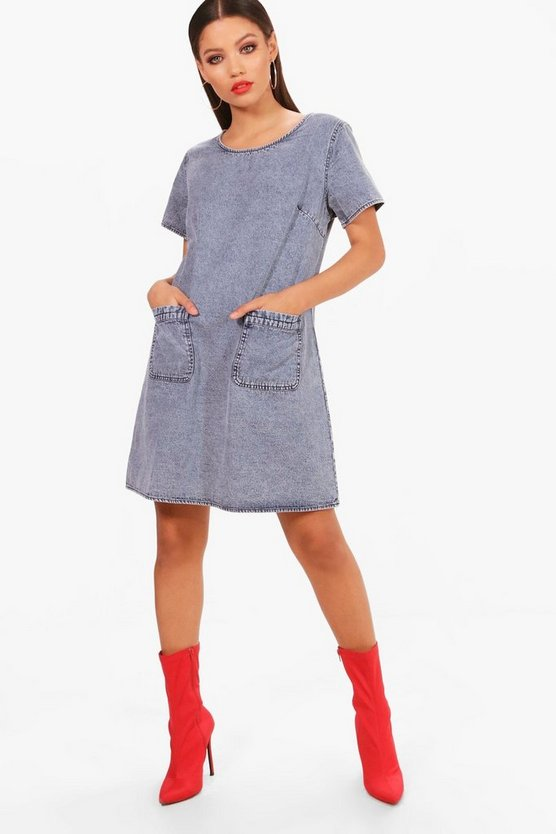 Oversized Pocket Front Denim Dress