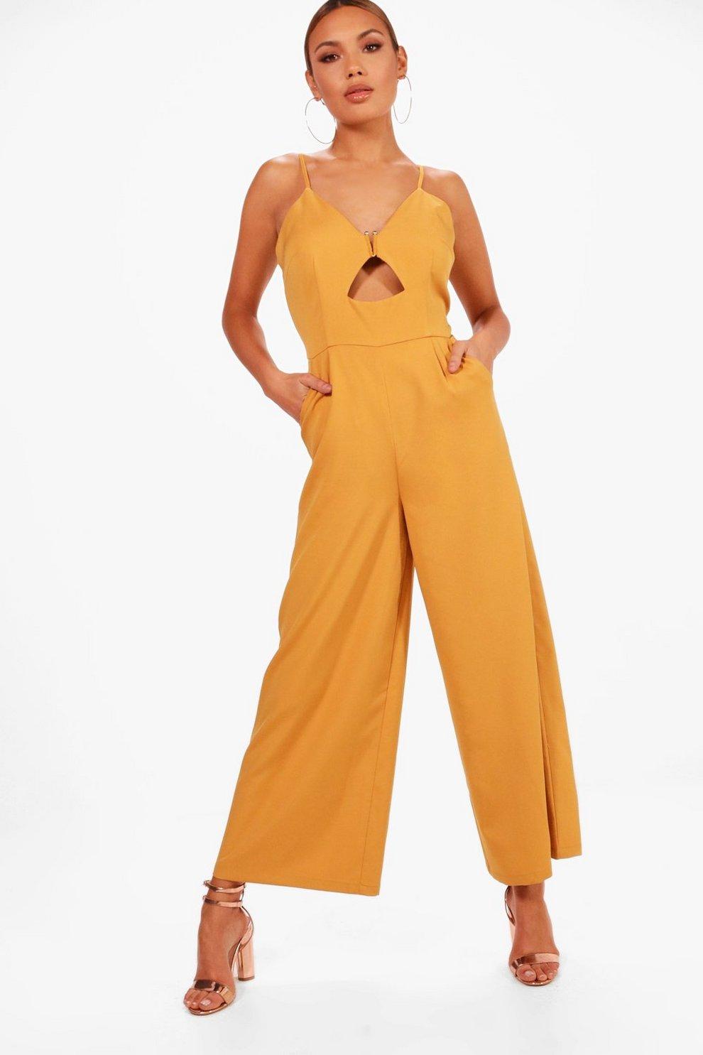 2018 Online Wide Range Of Cheap Online Boohoo Cut Front Culotte Jumpsuit i2Fdf6xk