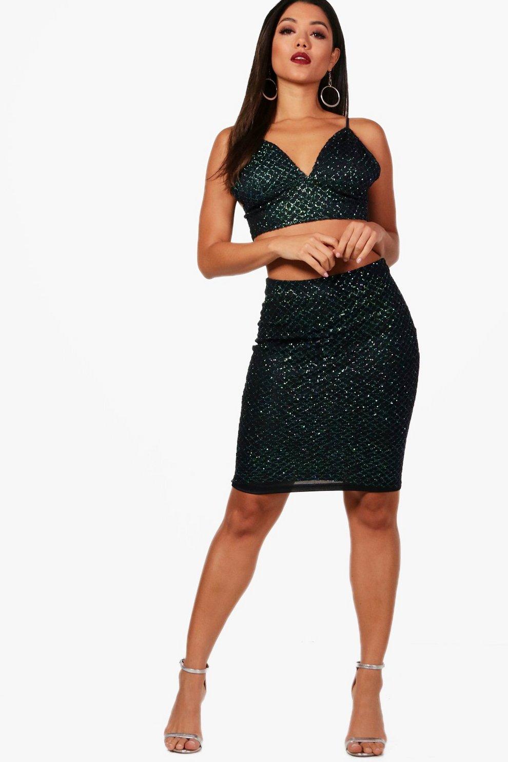 2018 Newest Online Boohoo Sequin Bralet and Skirt Set Explore Cheap Online Ost Release Dates Discounts Sale Online OWeV2xPP2