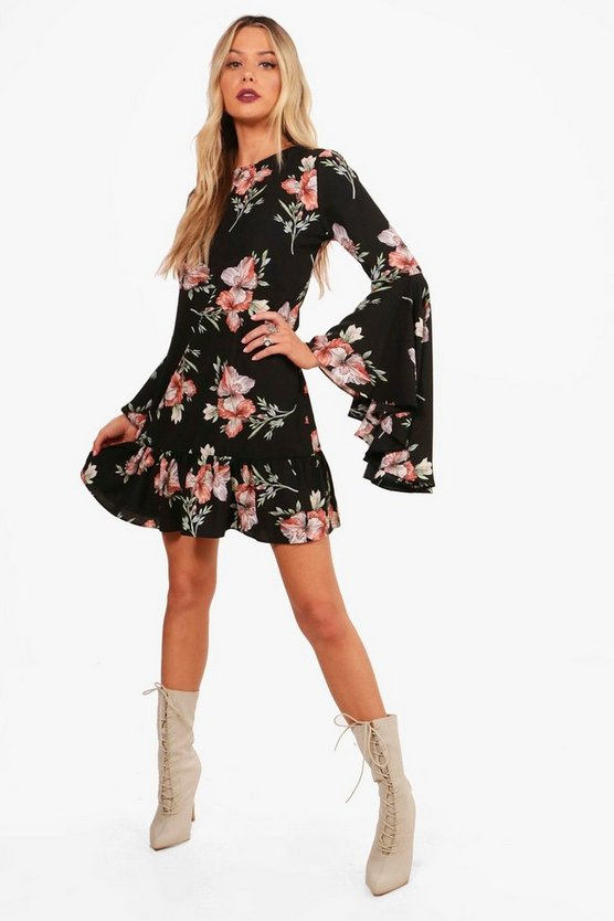 Macey Flute Sleeve Ruffle Hem Shift Dress