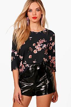 Bluse mit Blumen-Print - Boohoo.com