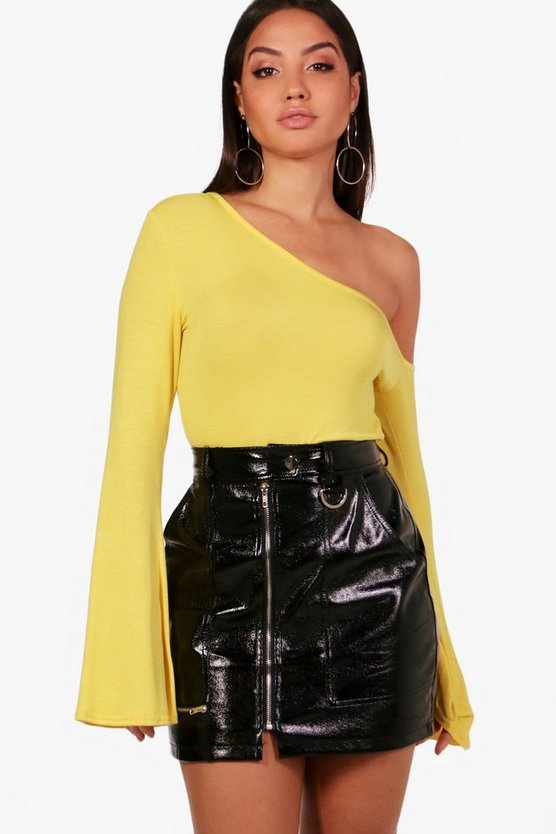 Adelyn One Shoulder Flare Sleeve Top