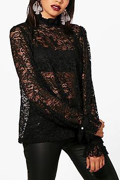 Sara High Perlenknöpfen Bluse mit Rüschenkragen - Boohoo.com