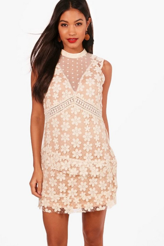 Boutique Tabitha Floral Lace Rara Dress