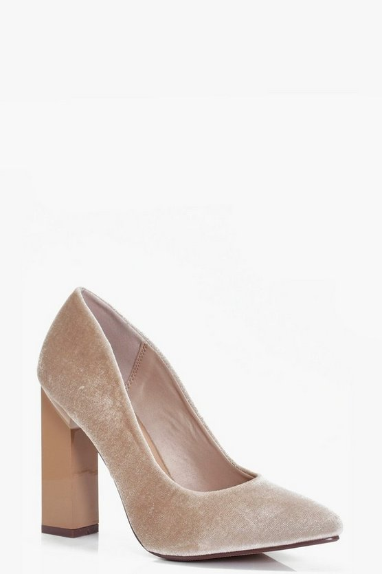 Pointed Toe Block Heel Courts