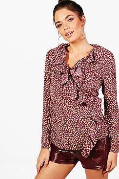 Faye Bluse mit Volant, Wickelfront und Bindung - Boohoo.com