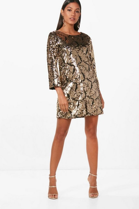 Boutique Sequin ¾ Sleeve Shift Dress