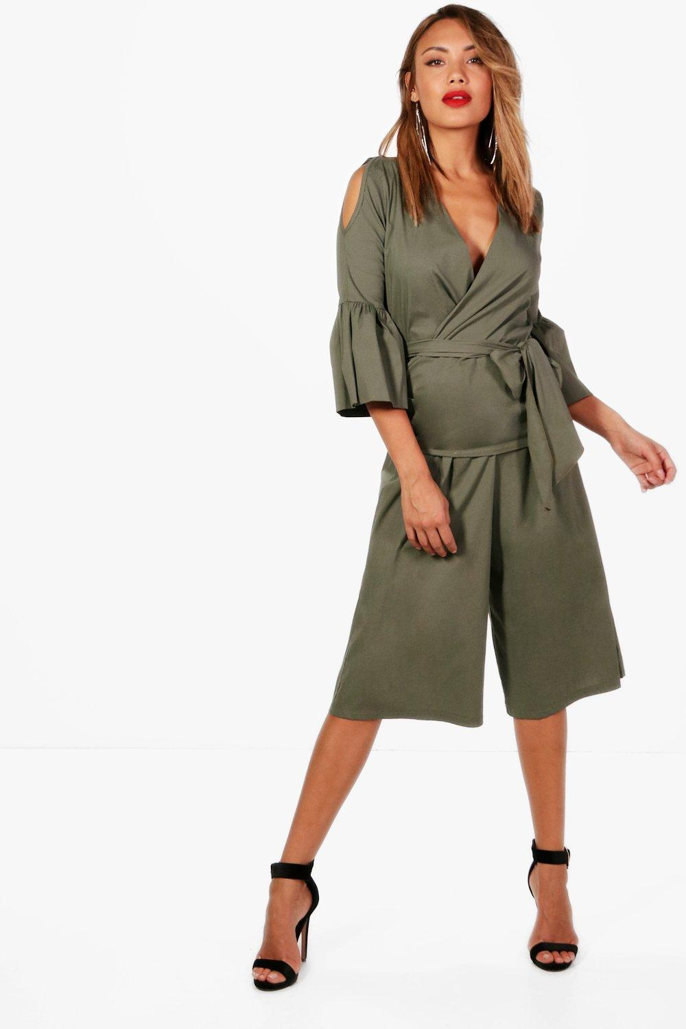 Boohoo-Gia-Woven-Wrap-Frill-Blouse-and-Culotte-per-Donna