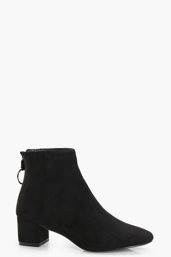 Lizzy O Ring Pull Ankle Boot