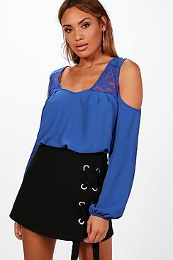 Daisy Spitzenbluse mit ausgeschnittenen Schultern - Boohoo.com