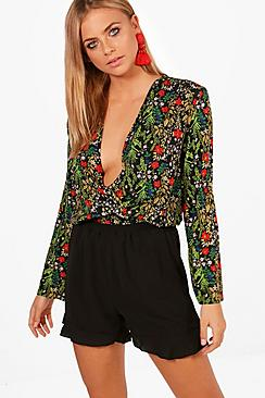 Yasmin drapierter Front Bluse mit Print - Boohoo.com