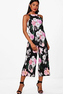 Lianne Jumpsuit mit Hosenrock und Blumen-Print in Knitteroptik - Boohoo.com