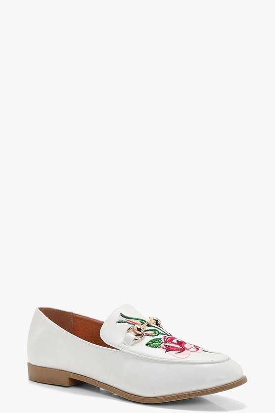 Daisy Floral Embroidered Loafer