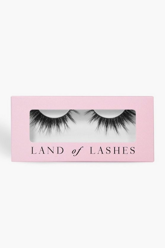 Land Of Lashes-