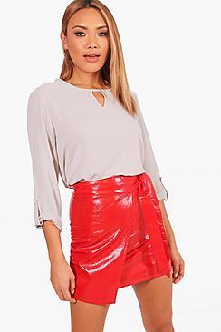 Bluse aus Chiffon mit Schlüssellochausschnitt - Boohoo.com