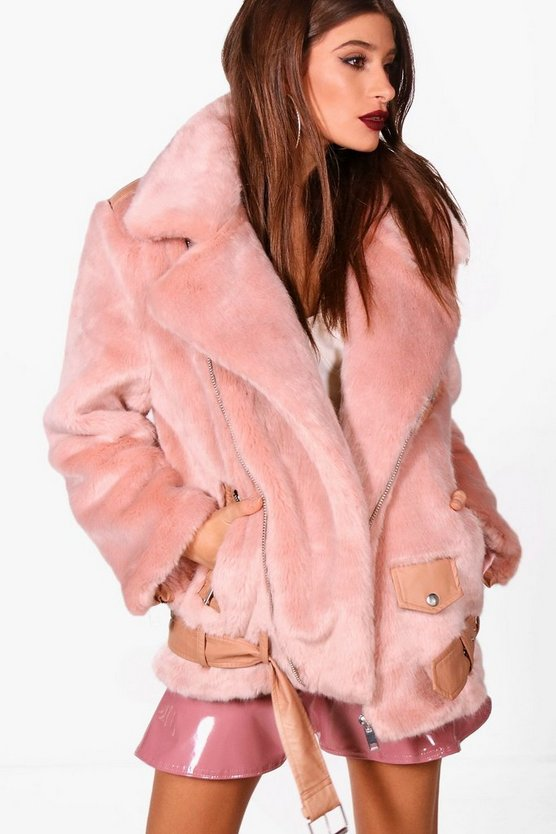 Boutique Oversized Faux Fur Aviator