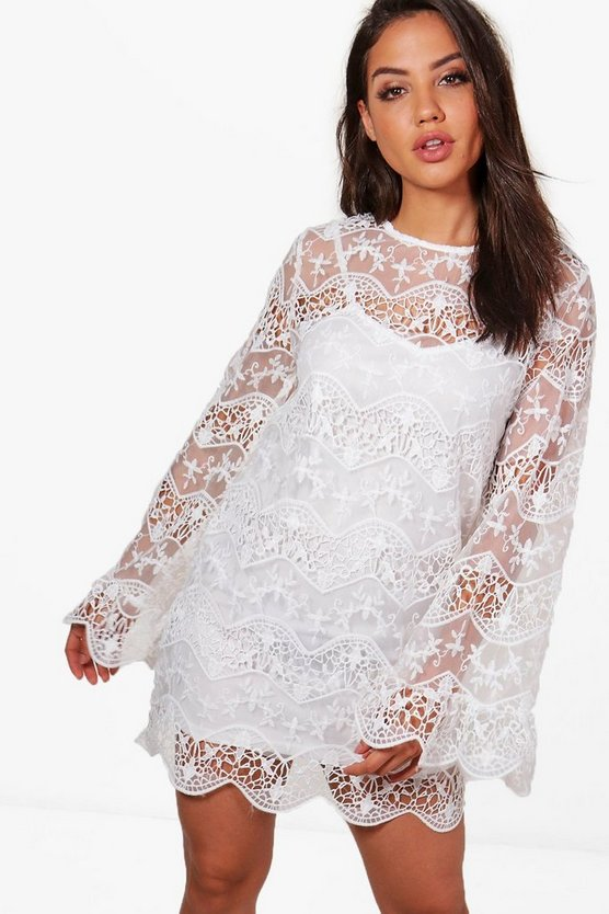 Lace Panelled Sleeve Shift Dress