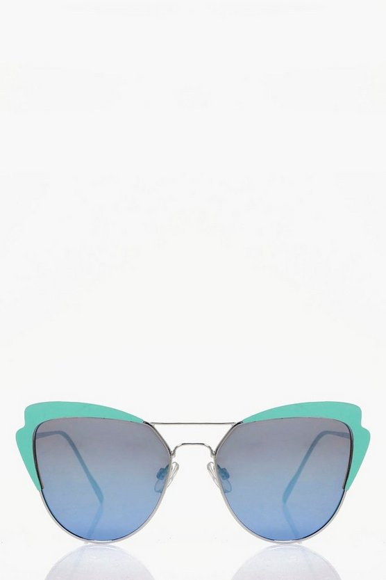 Millie Exaggerated Cat Eye Sunglasses