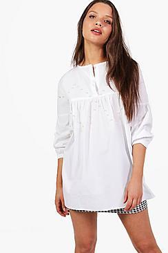 Emily Verzierte Bluse mit Glockenärmeln - Boohoo.com