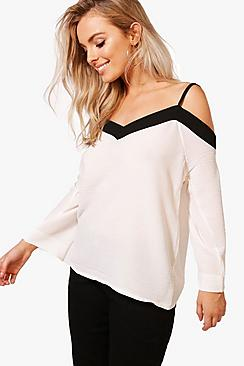 Rosie Bluse im Farbblock-Design mit ausgeschnittenen Schultern - Boohoo.com