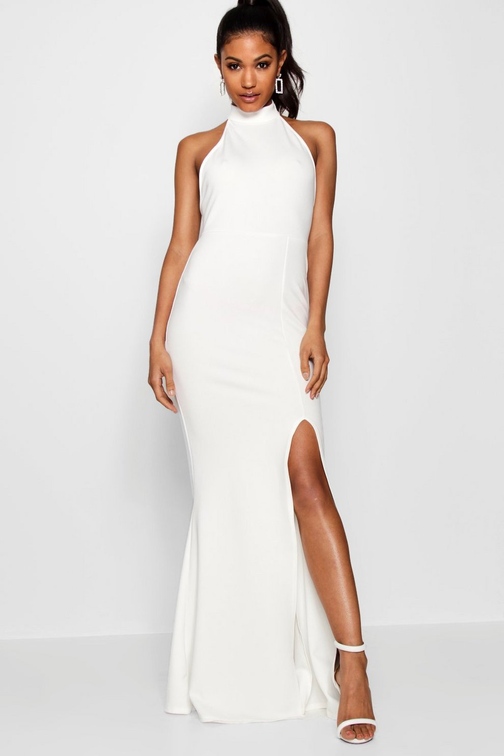 Boohoo has a FAB €24 version of Meghan\'s second wedding dress | Her.ie