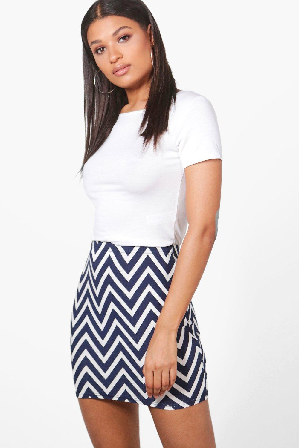Pia Chevron Print Basic Mini Skirt at boohoo.com