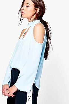 Maya Bluse mit ausgeschnittenen Schultern und Kropfband - Boohoo.com