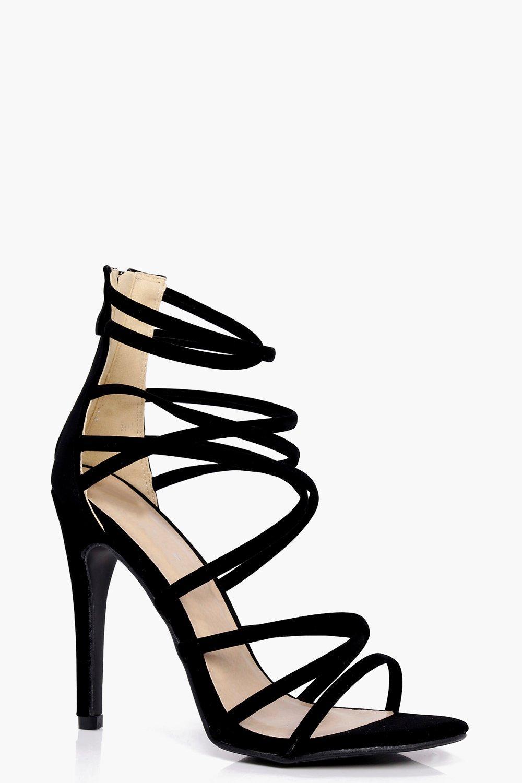 scarpe col tacco intrecciate