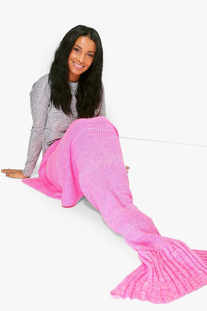 Knitted Mermaid Tail Blanket