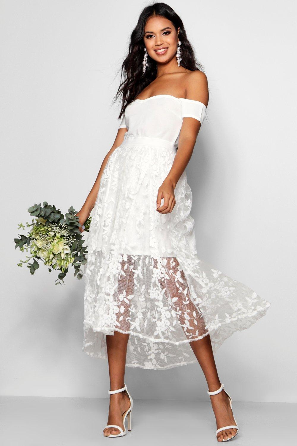 NEW-Boohoo-Womens-Boutique-Eve-Embroidered-Midi-Skater-Dress-in-Polyester