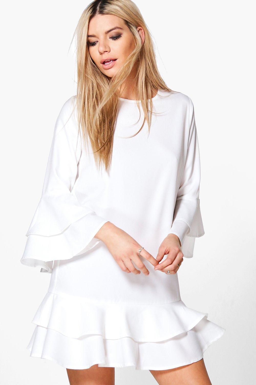 Balta suknele