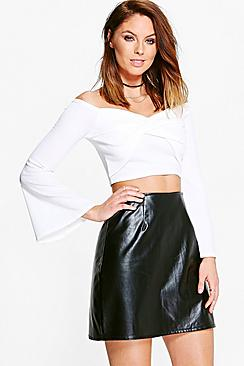 Eliza Long Sleeve Twisted Front Crop
