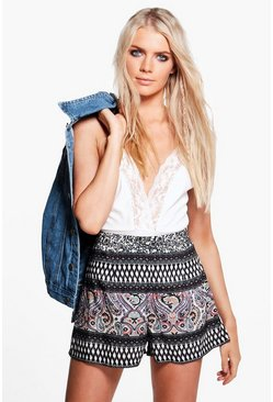 Lucy Printed Flippy Shorts