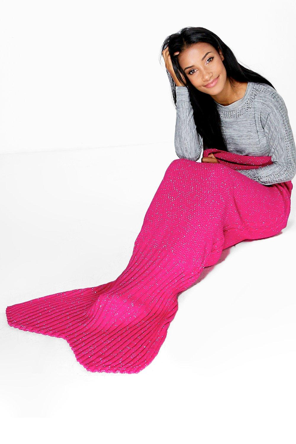 Metallic Knitted Mermaid Tail Blanket