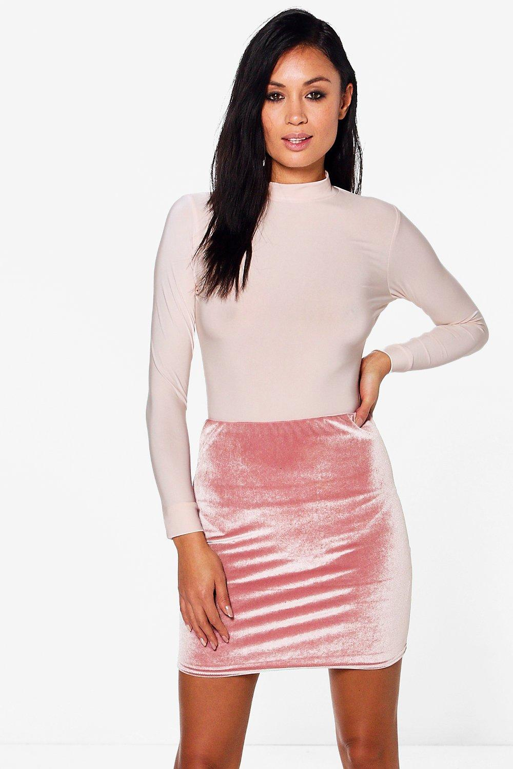 Huda Roll Neck Slinky Body Velvet Skirt Co-Ord
